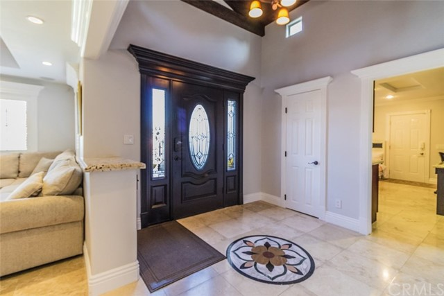 2099 Continental Avenue, Costa Mesa CA: http://media.crmls.org/medias/09996811-8057-465d-a335-ef7c08ff12b8.jpg