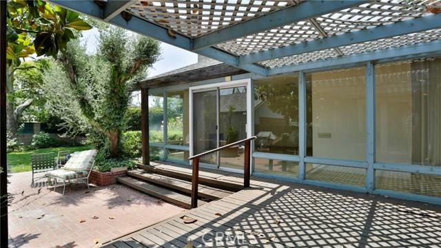 823 Glendenning Way, San Bernardino CA: http://media.crmls.org/medias/09ba8c64-dd05-45e0-a673-2ef613811ac6.jpg
