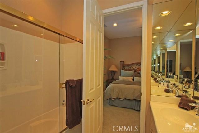 7 Dickens Court, Rancho Mirage CA: http://media.crmls.org/medias/09bc4bd2-23ef-401e-beac-276cbb1590e6.jpg