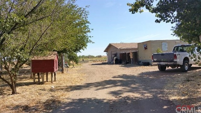 Additional photo for property listing at 260 Peaceful Valley  Shandon, California 93461 United States