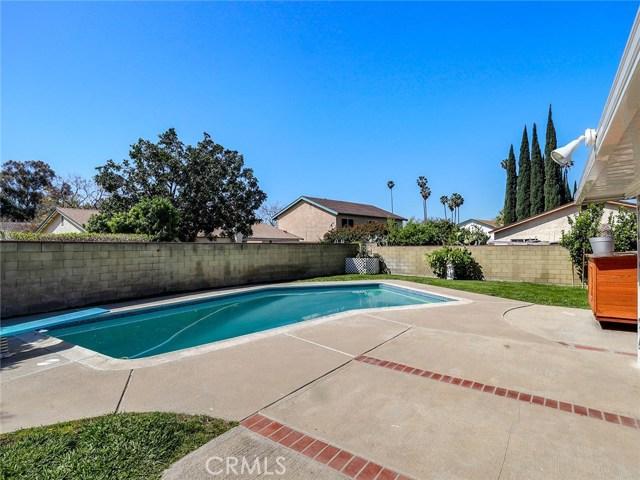 2736 Royal Avenue Simi Valley, CA 93065 - MLS #: BB18092071