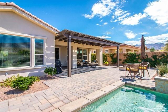 61445 Living Stone Drive, La Quinta CA: http://media.crmls.org/medias/09e11bea-7b2b-4cb9-808b-2e17e3de67a4.jpg