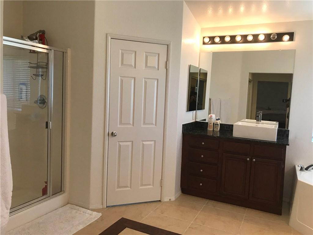 38072 Pine Creek Place Murrieta, CA 92562 - MLS #: SW17183365