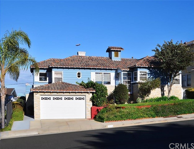 3626 Bluff Place San Pedro, CA 90731 is listed for sale as MLS Listing PV16025675
