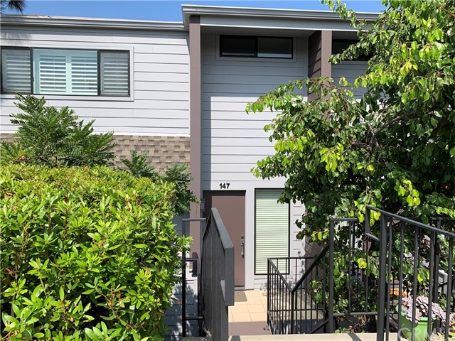 147 Calle Mayor, Redondo Beach, California 90277, 3 Bedrooms Bedrooms, ,1 BathroomBathrooms,Townhouse,For Sale,Calle Mayor,PV19220508
