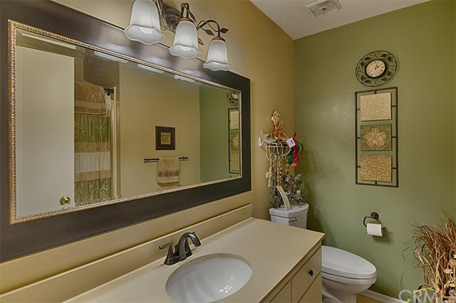 1889 N Garland Ln, Anaheim, CA 92807 Photo 14