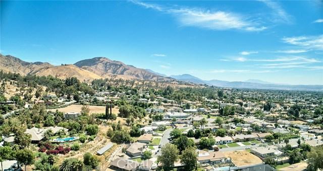 1406 E Ralston Avenue, San Bernardino CA: http://media.crmls.org/medias/0a0dea7a-8898-4418-848f-94542044ae82.jpg