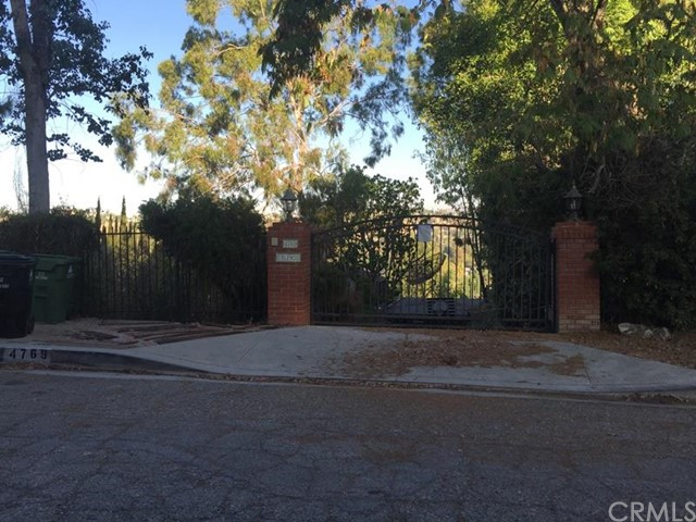 $1,037,500 - 4Br/4Ba -  for Sale in Woodland Hills