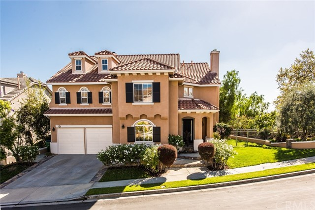 Single Family Home for Sale at 23668 Ridgeway Mission Viejo, California 92692 United States