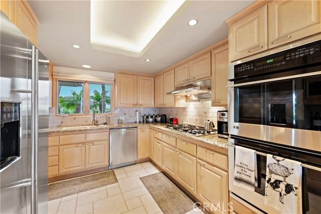1324 Pitcairn Place, Laguna Beach CA: http://media.crmls.org/medias/0a2c8b43-130e-499b-a272-482375f55f33.jpg