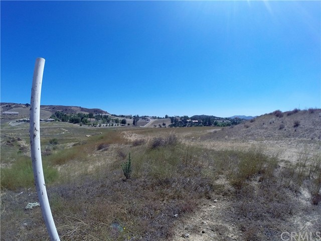 39815 Vineyard View Murrieta, CA 92562 - MLS #: SW17194429