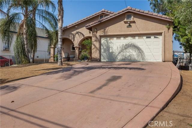 5960 Robinson Avenue, Riverside CA: http://media.crmls.org/medias/0a3a87b3-d695-4c8b-acda-6697bc8cfdd4.jpg