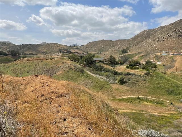 0 Luane Trail, Colton CA: http://media.crmls.org/medias/0a3eff91-1d2f-4bd0-86c8-a2a50dbfd31b.jpg