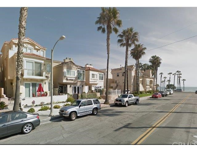 Single Family Home for Rent at 116 11th St Huntington Beach, California 92648 United States