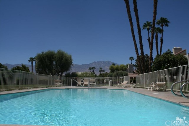 475 Sunningdale Drive Rancho Mirage, CA 92270 is listed for sale as MLS Listing 216024160DA