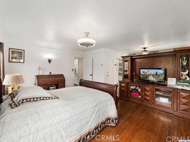 511 Galer Place, Glendale CA: http://media.crmls.org/medias/0a54b13d-b012-48e2-8853-5594699355a7.jpg