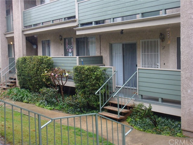 13100 Bromont Avenue Unit 27 Sylmar, CA 91342 - MLS #: RS18056685