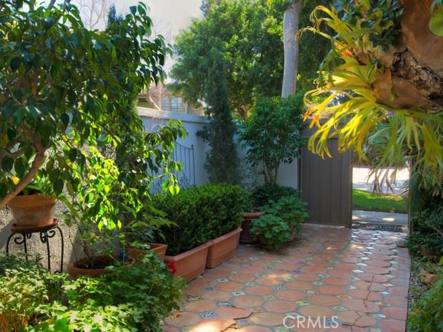 2 Flores, Irvine, CA 92612 Photo 6