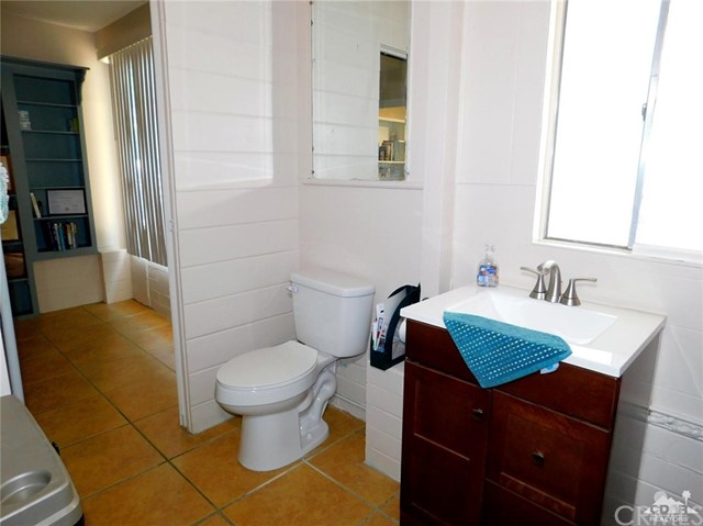 19 Ikes Place Cathedral City, CA 92234 - MLS #: 218017254DA
