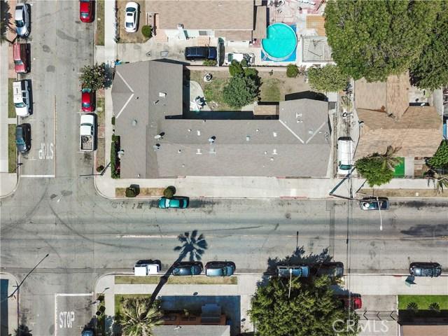 2807 Clarendon Avenue, Huntington Park CA: http://media.crmls.org/medias/0a834ce7-ddef-4877-999e-be917e46fcf4.jpg