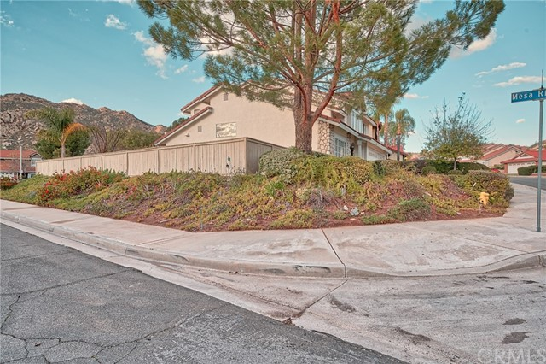10271 Canyon Vista Road, Moreno Valley CA: http://media.crmls.org/medias/0a85167c-a985-4fe9-95f8-2abc17b18161.jpg