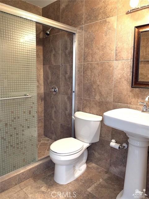 51865 Ave. Cortez, La Quinta CA: http://media.crmls.org/medias/0a915ecb-bdd2-49d5-a2da-3500155dbf94.jpg