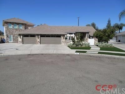Single Family Home for Sale at 384 Mitchell Tulare, California 93274 United States