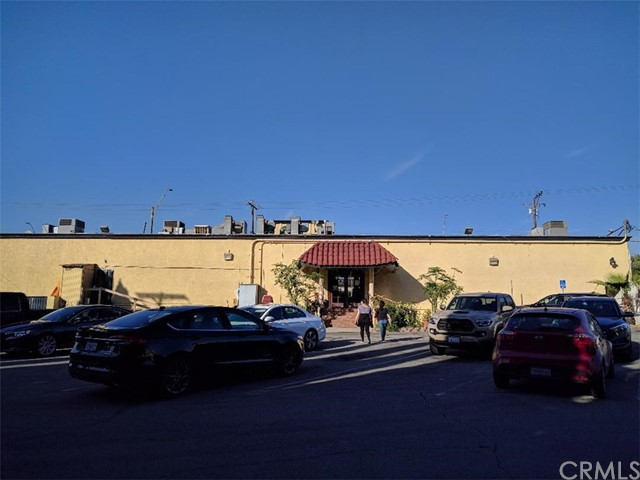 Commercial for Sale at 3240 E Pacific Coast Hwy 3240 E Pacific Coast Hwy Long Beach, California 90804 United States