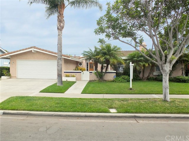 Single Family Home for Sale at 11362 Foster Road Los Alamitos, California 90720 United States