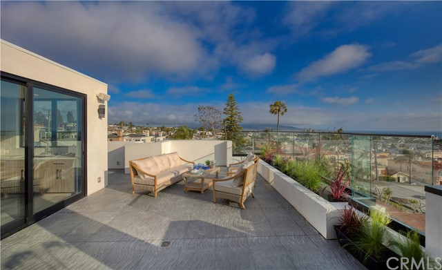946 8th St, Hermosa Beach, CA 90254 photo 17