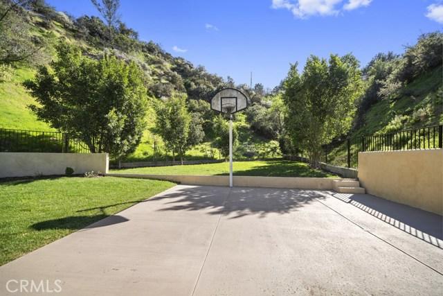 14811 Jadestone Drive, Sherman Oaks CA: http://media.crmls.org/medias/0ac6ec67-e027-455e-a997-62d0b22d9140.jpg