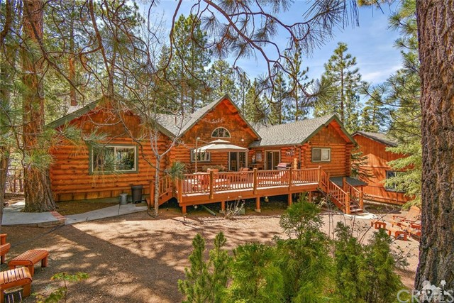 809 Oriole Drive, Big Bear CA: http://media.crmls.org/medias/0acf6e90-f4d2-4812-b586-c76e34ce604d.jpg