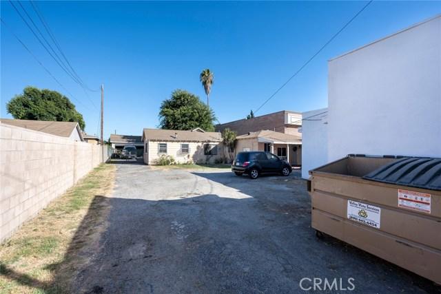 2308 Durfee Avenue, El Monte CA: http://media.crmls.org/medias/0ad286d6-df19-4099-a373-3aecf2e3c789.jpg