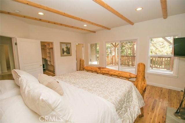 27263 Bernina Drive, Lake Arrowhead CA: http://media.crmls.org/medias/0ad2997c-57b3-4157-8cec-8041d0821d98.jpg