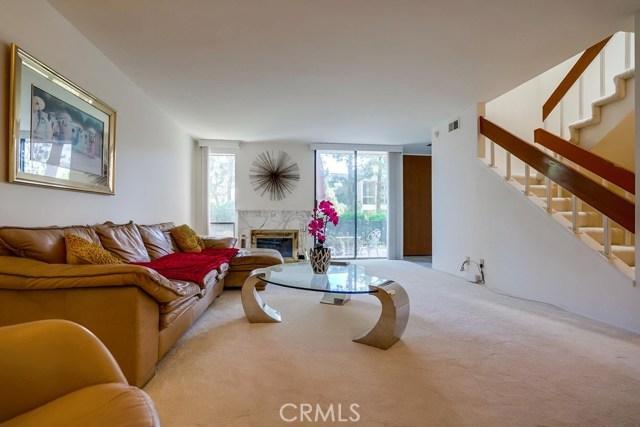3607 W Hidden Lane, Rolling Hills Estates CA: http://media.crmls.org/medias/0ad4a12c-d9e0-4f10-9f35-ccbf8b47f2f5.jpg