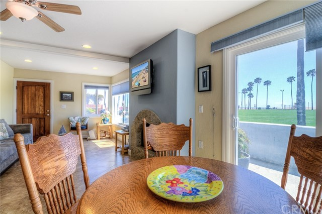 Photo of  Newport Beach, CA 92661 MLS NP18048168