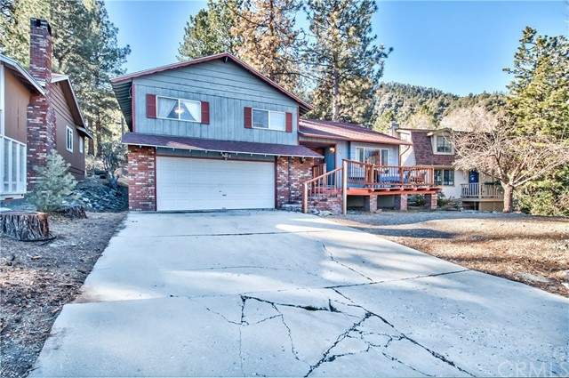 5496 Lone Pine Canyon Road Wrightwood, CA 92397 - MLS #: CV18158174