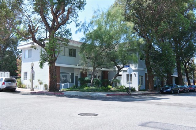 Single Family for Sale at 21202 Costanso Street Woodland Hills, California 91364 United States
