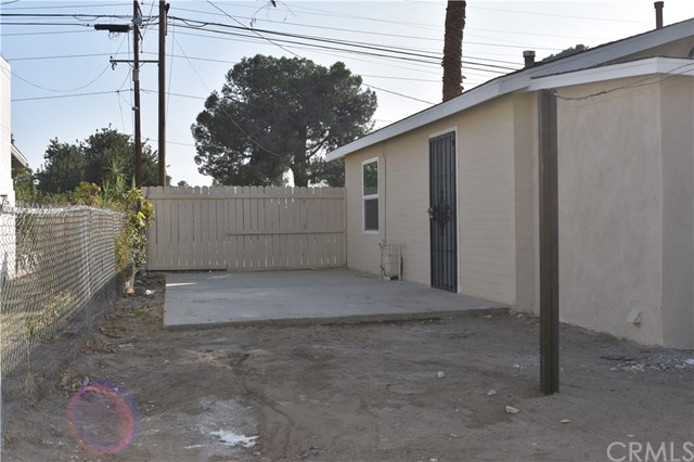 25808 9th Street, San Bernardino CA: http://media.crmls.org/medias/0afc5145-b0c4-4b95-b6f1-a8f2d08b5df5.jpg