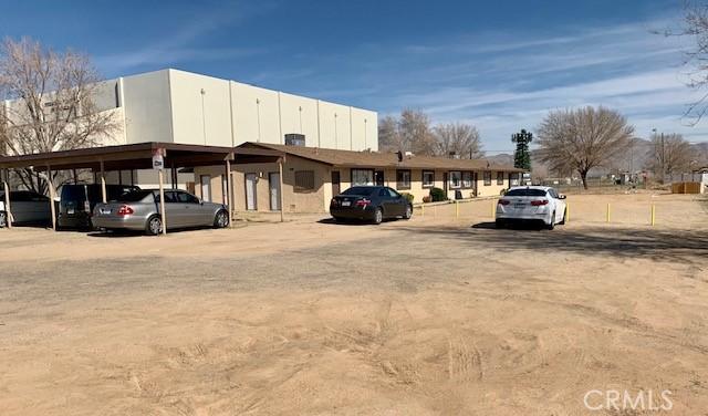 13401 Navajo Road, Apple Valley CA: http://media.crmls.org/medias/0b000064-60fc-4bcf-86ff-f03671c67d07.jpg