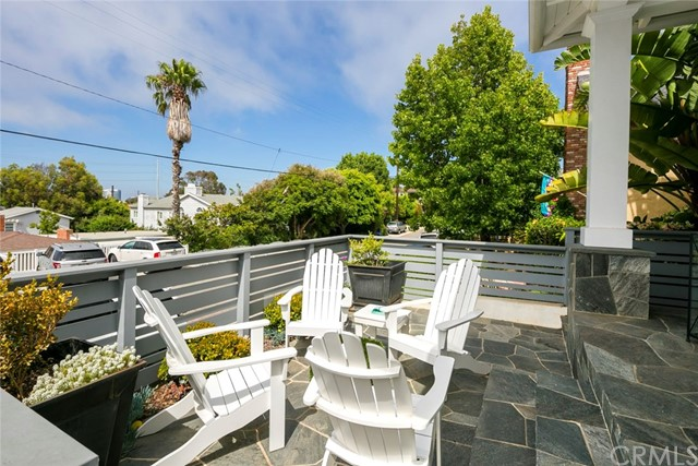 750 35th Street Manhattan Beach, CA 90266 - MLS #: SB17178639