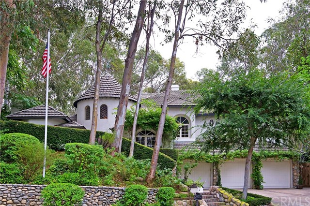 Single Family Home for Sale at 22202 Eucalyptus St Lake Forest, California 92630 United States