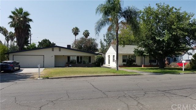 144 E Blaine Street Riverside, CA 92507 - MLS #: OC18196802