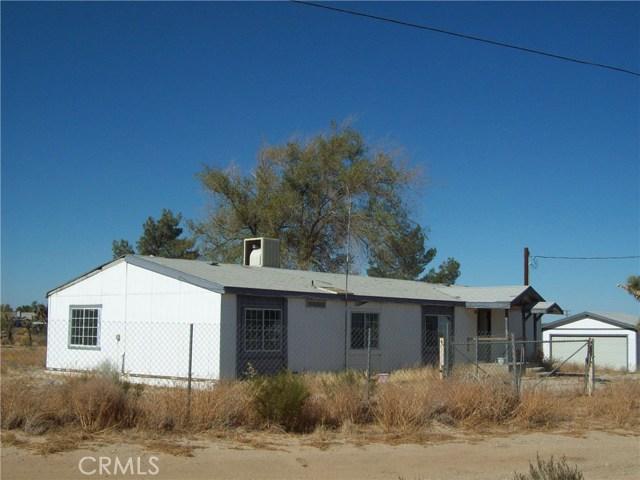 11232 Anderson Ranch Road, Phelan CA: http://media.crmls.org/medias/0b31cbc6-45fc-4e06-ba34-17fce16a3eba.jpg