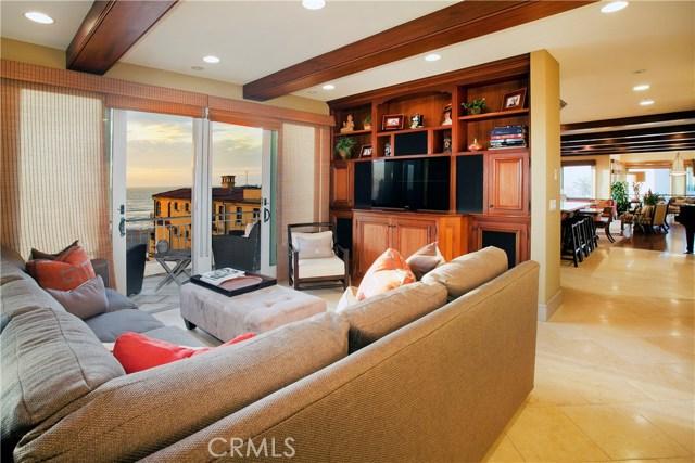 2314 Ocean Drive, Manhattan Beach CA: http://media.crmls.org/medias/0b399812-d88e-4e72-afa2-a976aaef45f3.jpg