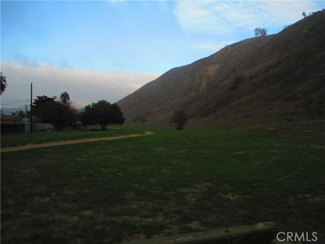 0 Cedar, Ventura CA: http://media.crmls.org/medias/0b3b2b24-4416-4aec-8bb4-569650c54b79.jpg