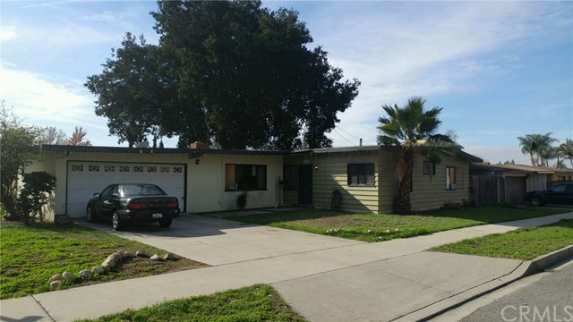 305 S 4th Avenue, Covina, CA 91723