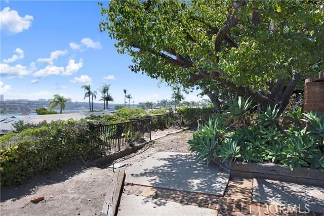 1836 Santiago Drive Newport Beach, CA 92660