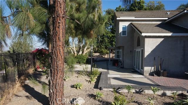 13745 Moonshadow Place, Chino Hills CA: http://media.crmls.org/medias/0b62acce-2fad-4927-af4f-93ab188acd0d.jpg