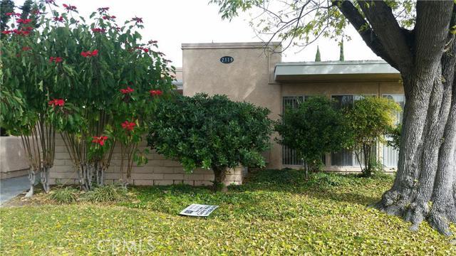 2119 Via Puerta, Orange, California 92637, 2 Bedrooms Bedrooms, ,1 BathroomBathrooms,CONDO,For sale,Via Puerta,OC15259550